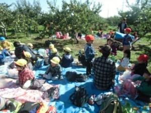 画像:りんご園で食べたお弁当は最高!でした2