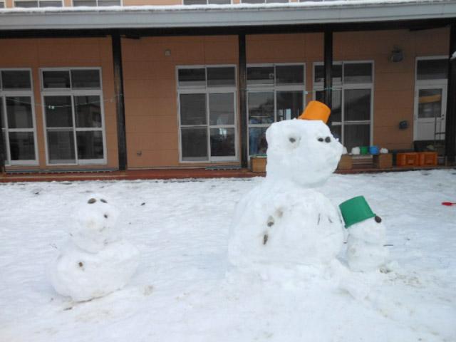 画像:「雪だるま」もできました!