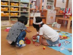 画像:室内での遊びを紹介します
